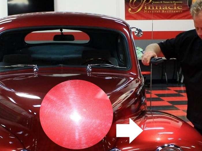 Detectando remolinos en la pintura con una lampara Scangrip MiniMatch
